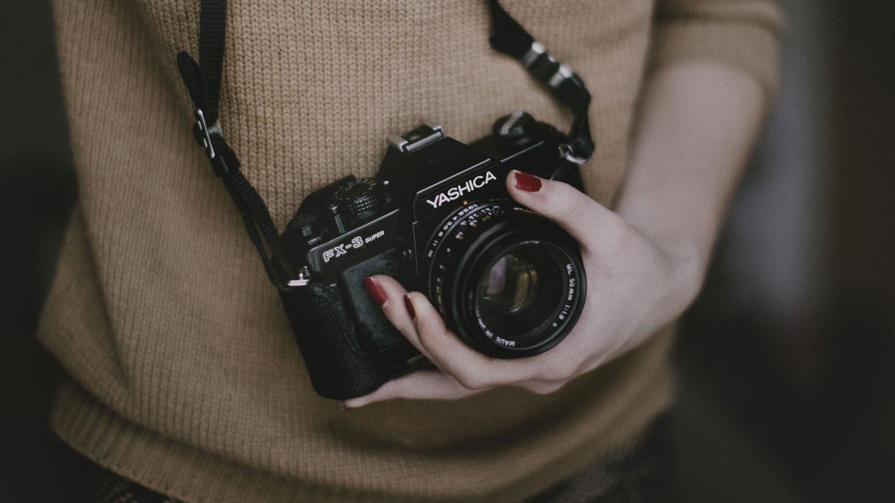 Откуда берутся фотоматериалы?